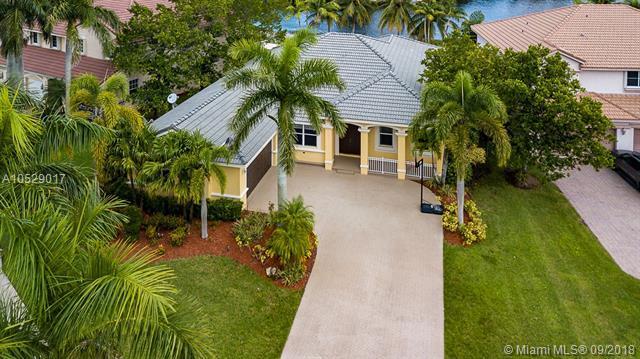 1270 Leeward Way, Weston, FL 33327 (MLS #A10529017) :: Stanley Rosen Group