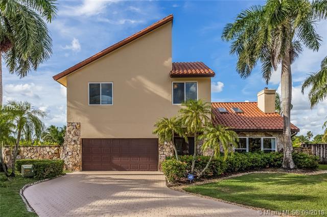 9981 SW 4th St, Plantation, FL 33324 (MLS #A10529615) :: Green Realty Properties