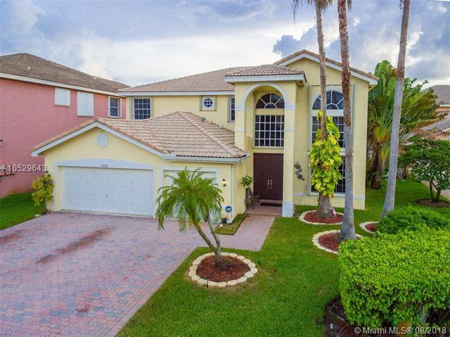 16438 SW 22nd St, Miramar, FL 33027 (MLS #A10529643) :: Green Realty Properties