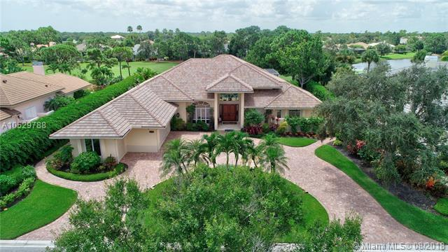 3139 SE Doubleton Dr, Stuart, FL 34997 (MLS #A10529788) :: Green Realty Properties