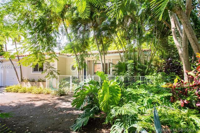 1347 Bird Rd, Coral Gables, FL 33146 (MLS #A10529804) :: The Riley Smith Group