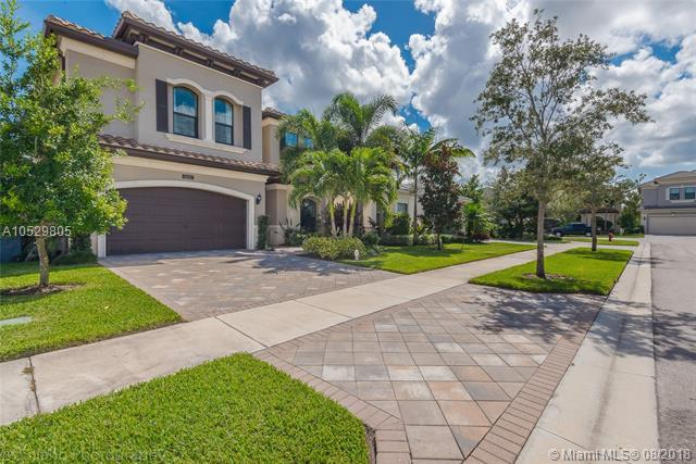 9307 Eden Roc Ct, Delray Beach, FL 33446 (MLS #A10529805) :: Grove Properties