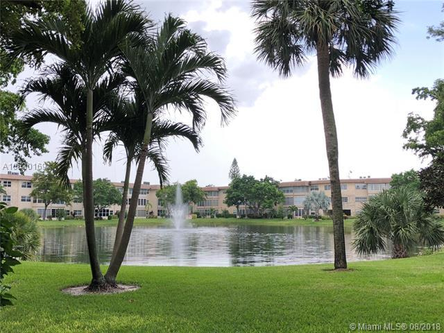 5000 NW 36th St #401, Lauderdale Lakes, FL 33319 (MLS #A10530169) :: Stanley Rosen Group