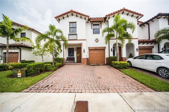 8837 NW 102nd Ct #8837, Doral, FL 33178 (MLS #A10530380) :: Green Realty Properties