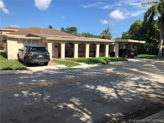 2872 NW 8th Pl, Fort Lauderdale, FL 33311 (MLS #A10530488) :: Stanley Rosen Group