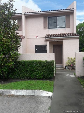 3207 NW 85th Ave, Coral Springs, FL 33065 (MLS #A10531200) :: Stanley Rosen Group