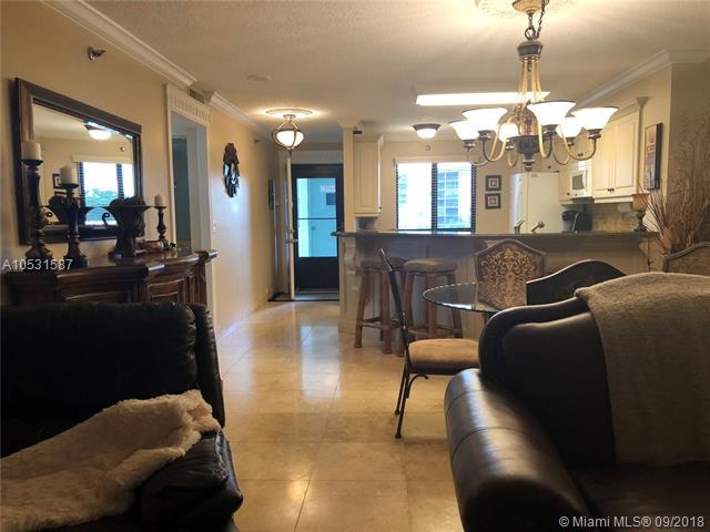 2232 N Cypress Bend Dr #508, Pompano Beach, FL 33069 (MLS #A10531587) :: Prestige Realty Group