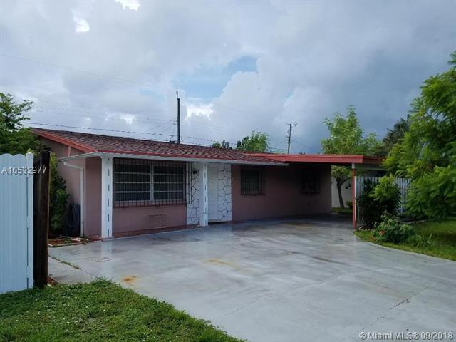 44 Davis Rd, Lake Worth, FL 33461 (MLS #A10532977) :: Stanley Rosen Group