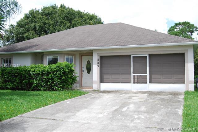 1889 SW Penrose Avenue, Port St. Lucie, FL 34953 (MLS #A10533312) :: Stanley Rosen Group