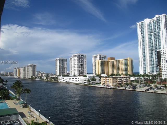 800 Parkview Dr #720, Hallandale, FL 33009 (MLS #A10533582) :: Miami Villa Team