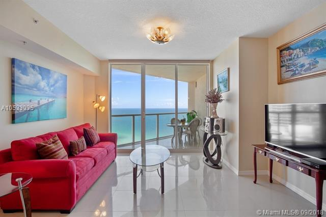 16699 Collins Ave #3605, Sunny Isles Beach, FL 33160 (MLS #A10533935) :: Calibre International Realty