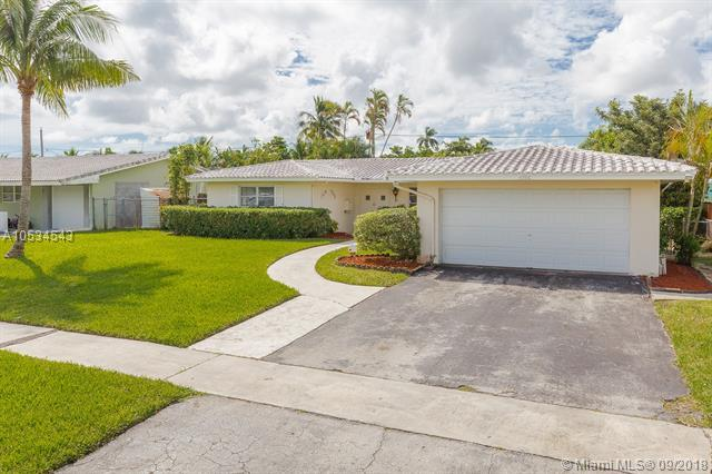 4306 Mckinley St, Hollywood, FL 33021 (MLS #A10534543) :: Green Realty Properties