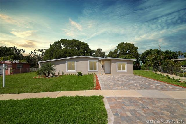 18520 NW 86th Ave, Hialeah, FL 33015 (MLS #A10534640) :: Green Realty Properties