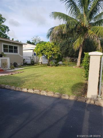 817 NW 17th Street, Fort Lauderdale, FL 33311 (MLS #A10534647) :: Green Realty Properties
