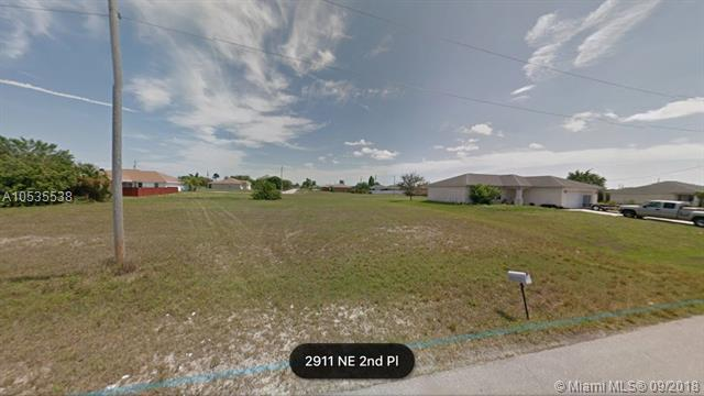 2911 NE 2nd Place, Other City - In The State Of Florida, FL 33909 (MLS #A10535538) :: Stanley Rosen Group