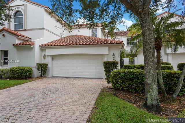 942 Harbor Vw S, Hollywood, FL 33019 (MLS #A10535784) :: Green Realty Properties