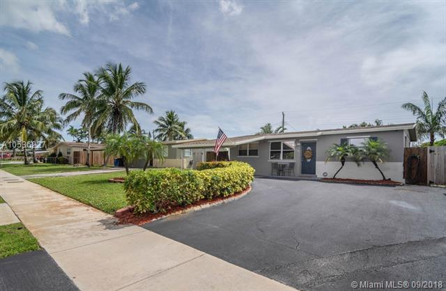 4138 NW 12th Ter, Oakland Park, FL 33309 (MLS #A10536227) :: Stanley Rosen Group