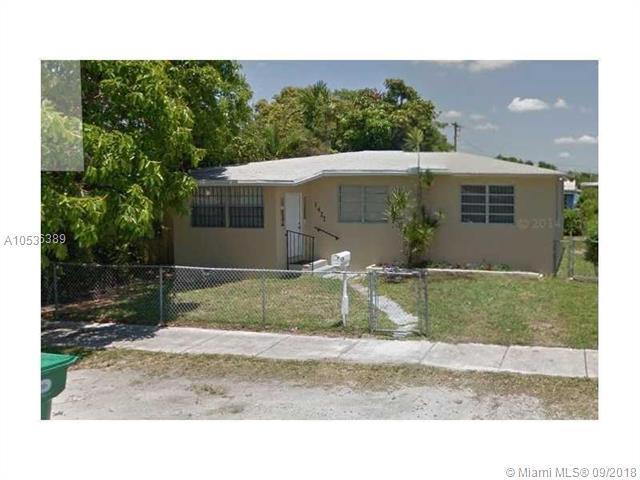 1427 NW 73rd St, Miami, FL 33147 (MLS #A10536389) :: Stanley Rosen Group