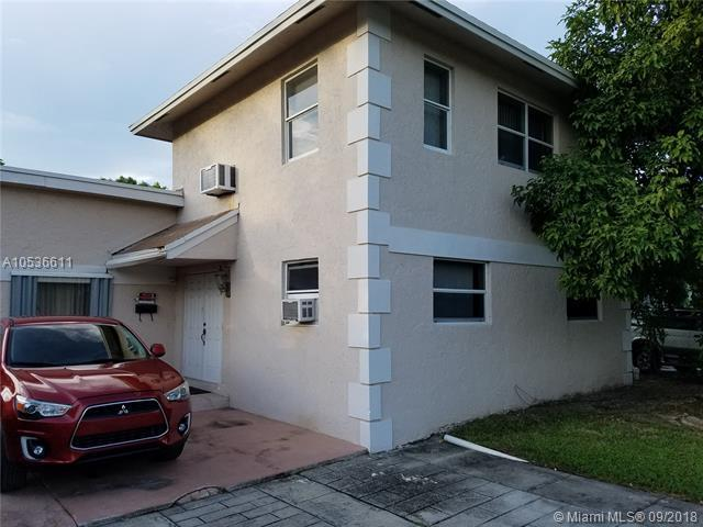 1033 NW 12th St, Fort Lauderdale, FL 33311 (MLS #A10536611) :: Stanley Rosen Group