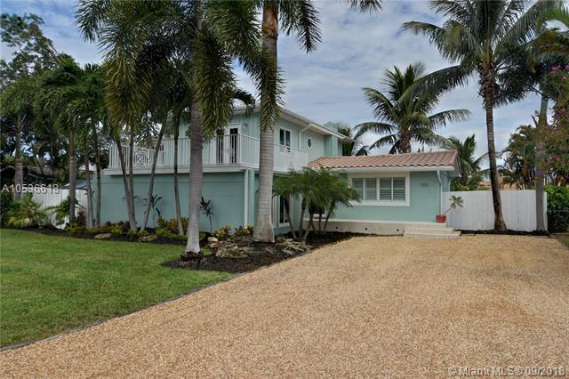 1518 NE 18th Ave, Fort Lauderdale, FL 33304 (MLS #A10536618) :: Green Realty Properties
