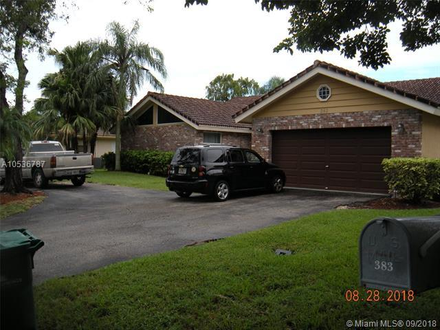 383 NW 113th Ave, Coral Springs, FL 33071 (MLS #A10536787) :: Green Realty Properties