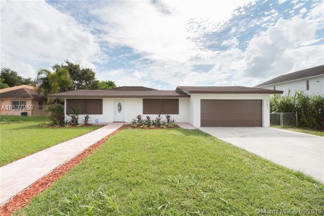 1243 N Redland Rd, Florida City, FL 33034 (MLS #A10537268) :: Stanley Rosen Group