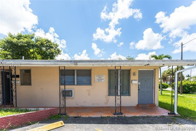 6100 NW 10th St, Margate, FL 33063 (MLS #A10537321) :: Hergenrother Realty Group Miami
