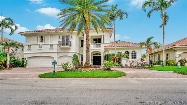 691 Leigh Palm Ave, Plantation, FL 33324 (MLS #A10537364) :: The Teri Arbogast Team at Keller Williams Partners SW