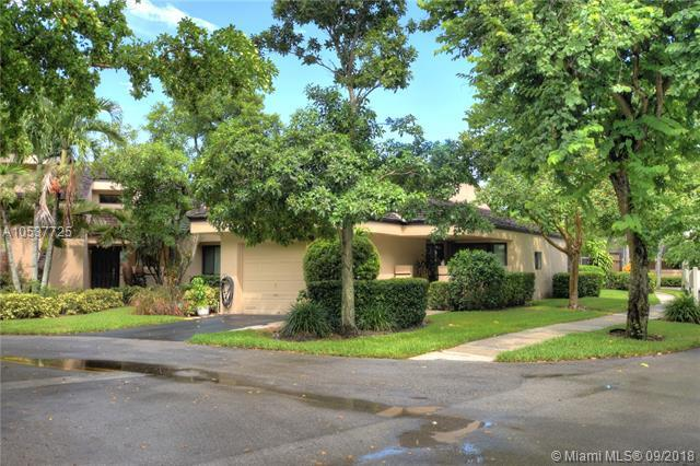 9301 S Chelsea Dr S, Plantation, FL 33324 (MLS #A10537725) :: Green Realty Properties