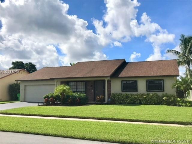 10600 NW 20th Ct, Sunrise, FL 33322 (MLS #A10537964) :: Hergenrother Realty Group Miami