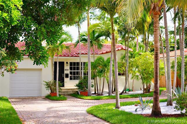 859 NE 73rd Street, Miami, FL 33138 (MLS #A10537972) :: Green Realty Properties
