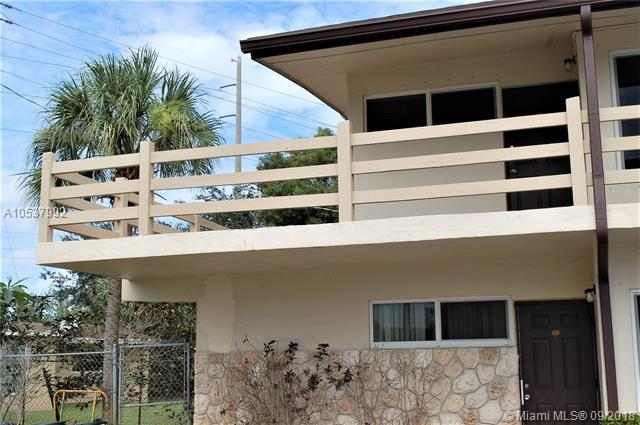 3060 NW 43rd Ter #201, Lauderdale Lakes, FL 33313 (MLS #A10537992) :: Hergenrother Realty Group Miami