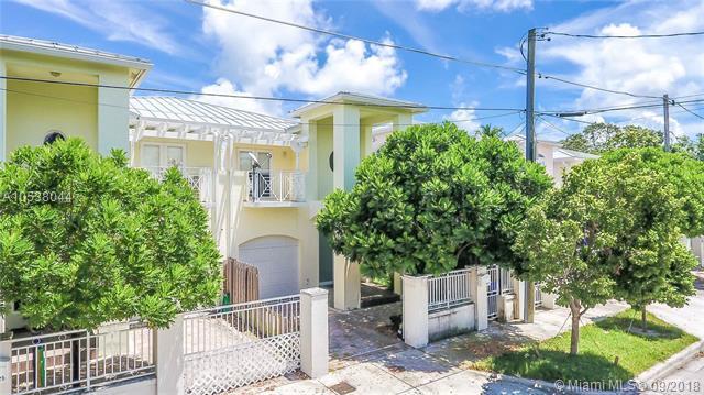3127 W Hibiscus St #3127, Miami, FL 33133 (MLS #A10538044) :: Stanley Rosen Group