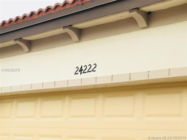 24222 SW 117th Path, Homestead, FL 33032 (MLS #A10538379) :: Stanley Rosen Group