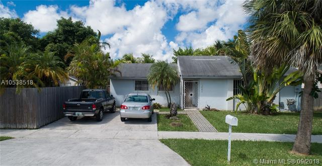 12481 SW 203rd St, Miami, FL 33177 (MLS #A10538518) :: Stanley Rosen Group