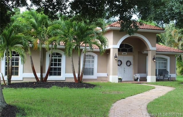 5026 Sw Melrose Ct, Palm City, FL 34990 (MLS #A10538669) :: Stanley Rosen Group