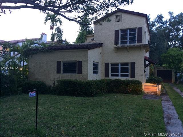 1109 Asturia Ave, Coral Gables, FL 33134 (MLS #A10538761) :: Prestige Realty Group