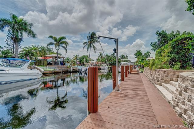 2524 Gulfstream Lane, Fort Lauderdale, FL 33312 (MLS #A10538853) :: Green Realty Properties