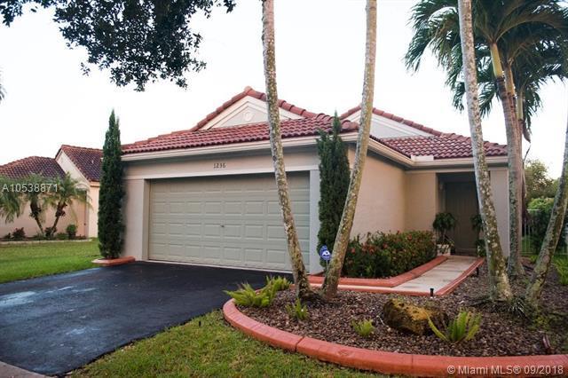 1236 Majesty Ter, Weston, FL 33327 (MLS #A10538871) :: Stanley Rosen Group