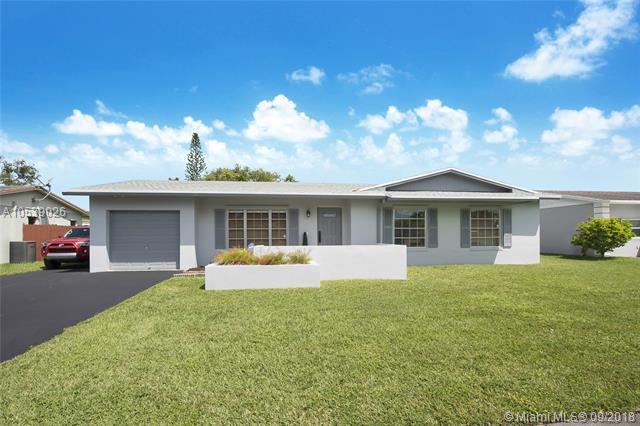 12085 SW 117th Terrace, Miami, FL 33186 (MLS #A10539026) :: The Riley Smith Group