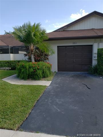 9264 NW 60th St -, Tamarac, FL 33321 (MLS #A10539324) :: Stanley Rosen Group