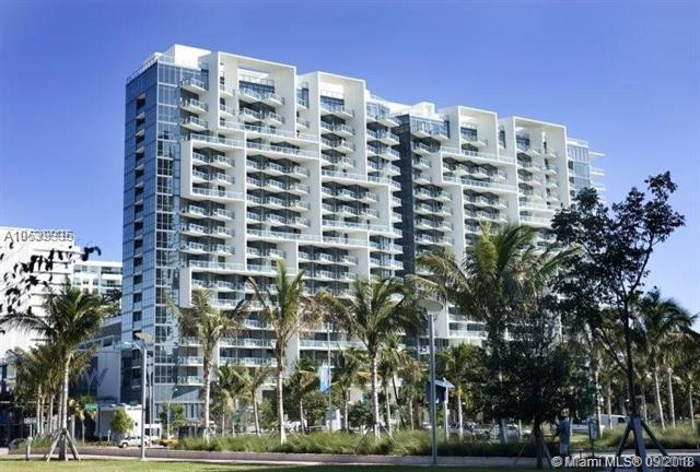 2201 Collins Ave #819, Miami Beach, FL 33139 (MLS #A10539335) :: Ray De Leon with One Sotheby's International Realty