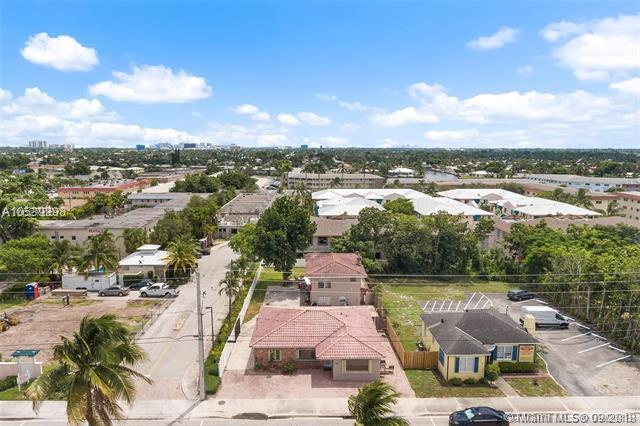 720 E Atlantic Blvd, Pompano Beach, FL 33060 (MLS #A10539398) :: Stanley Rosen Group