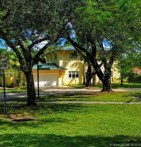 14421 Lake Saranac Avenue, Miami Lakes, FL 33014 (MLS #A10539449) :: Albert Garcia Team
