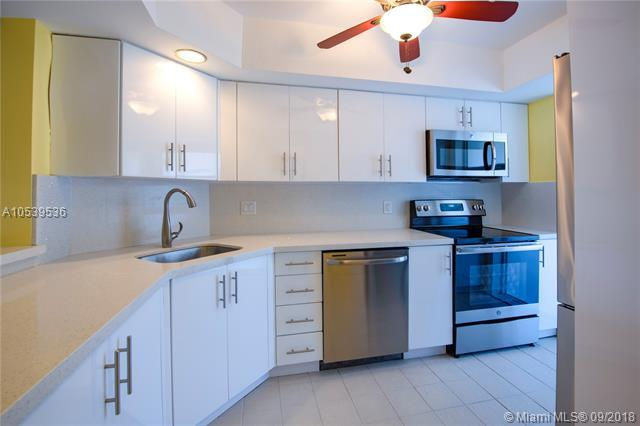 1200 SW 12th St #306, Fort Lauderdale, FL 33315 (MLS #A10539536) :: Green Realty Properties