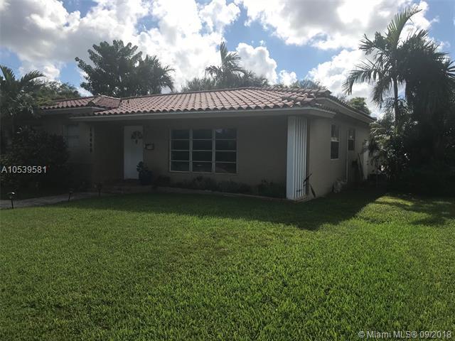 10650 NE 10th Pl, Miami Shores, FL 33138 (MLS #A10539581) :: Calibre International Realty
