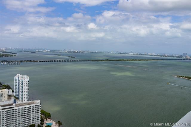 1900 N Bayshore Dr #4504, Miami, FL 33132 (MLS #A10539613) :: Green Realty Properties