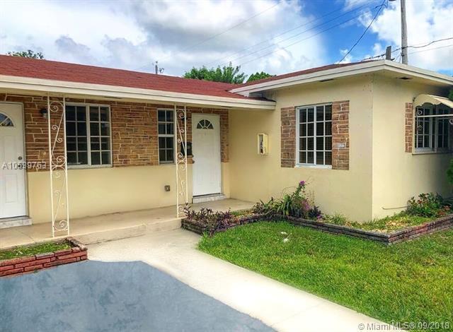 800 NE 7th St 1-2, Hallandale, FL 33009 (MLS #A10539763) :: The Chenore Real Estate Group