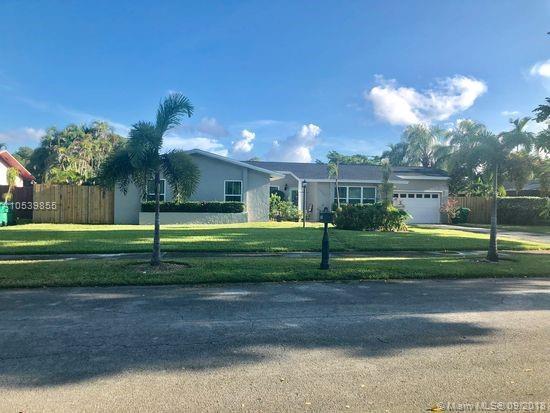 14261 SW 71st Ln, Miami, FL 33183 (MLS #A10539855) :: Stanley Rosen Group