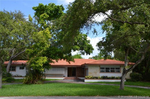 1401 Coruna Ave, Coral Gables, FL 33156 (MLS #A10539956) :: The Adrian Foley Group